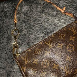 Louis Vuitton Accessories - Authentic Louis Vuitton Keyring Pochette Extender